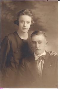 crawford-leon-b1894-1919-wedding-photo2