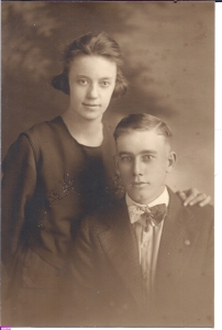crawford-leon-b1894-1919-wedding-photo2